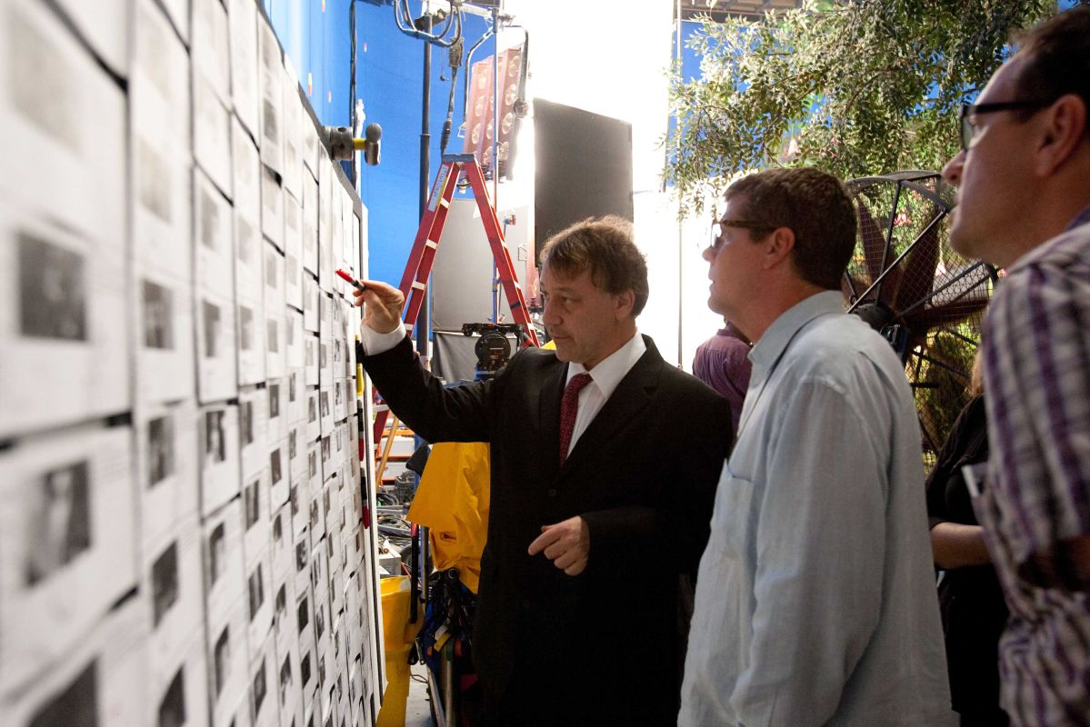 Oz: The Great and Powerful director Sam Raimi hard at work.